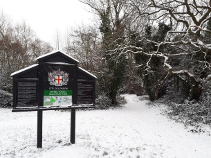 The entrance to Wanstead Park was a white wonderland at Wednesday 28t lunchtime