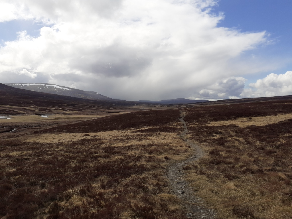 Back on track though the path turned into a narrow one which hampered progress, especially with the low panniers